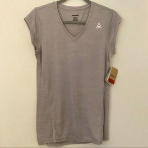 ✨NWT✨Reebok Gray/Purple Workout Tee
